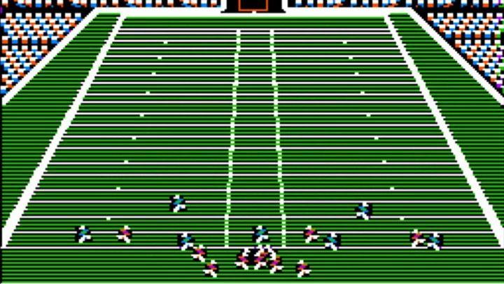 Первая игра в серии Madden является корнем бренда EA Sports.  - Игровые художники - история студии Electronic Arts - документальный фильм